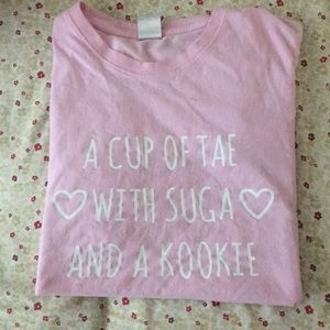 Tops - 💕Pink BTS Short Sleeve💕